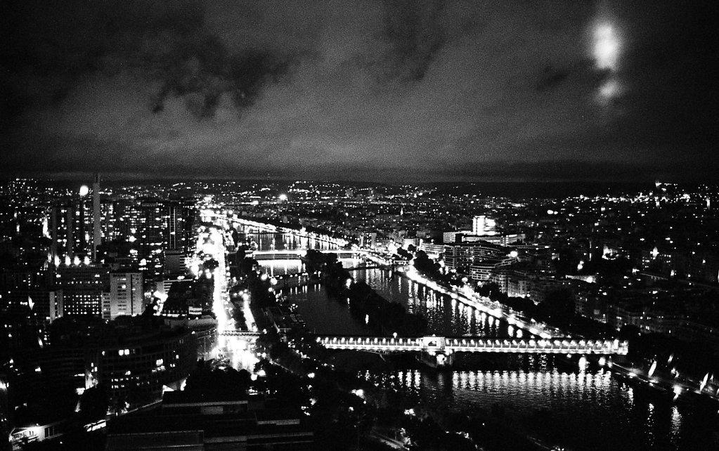 France-On-Tri-x-18.jpg